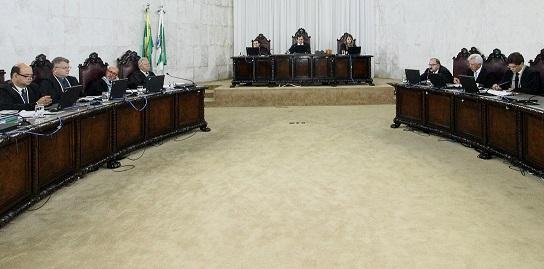 Sessão plenária do Tribunal de Contas do Estado do ...