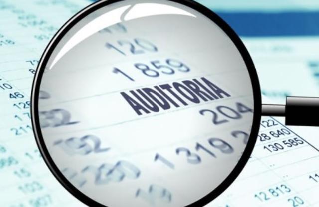 TCE-PR monitora correções em folhas de pagamento de 12 prefeituras e 11 câmaras