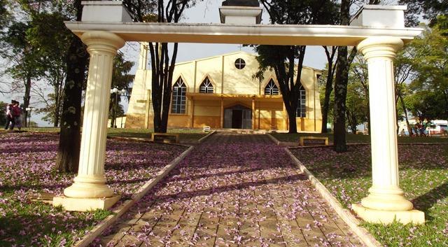 Vista de Godoy Moreira, município da região Centra ...