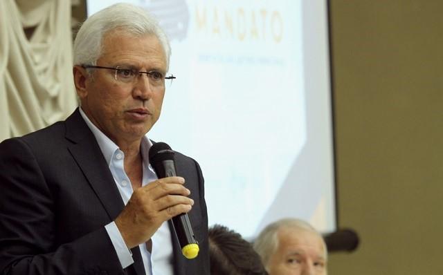 O presidente do TCE-PR, conselheiro Durval Amaral, ...
