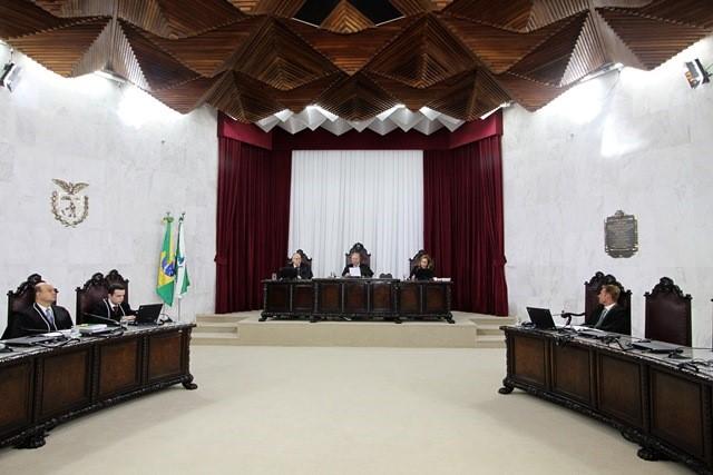 Excesso de gasto com pessoal gera desaprovação das contas de Uraí em 2014