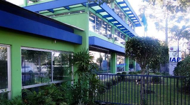 Sede do Instituto Ambiental do Paraná (IAP), em Cu ...