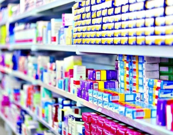 Medicamentos: oferecer serviços de saúde à populaç ...