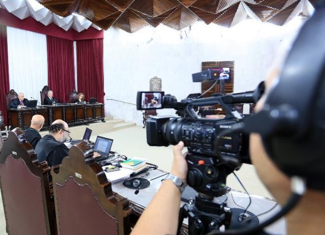 Sessão da Primeira Câmara, presidida pelo conselhe ...