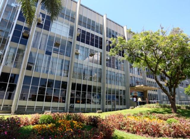 TCE-PR determina que Ponta Grossa anule ato que inabilitou empresa em licitação