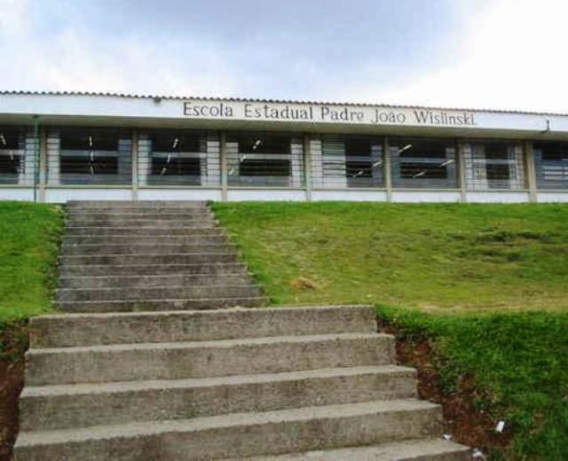 TCE-PR determina devolução de R$ 227,8 mil pagos por obra de escola em Curitiba