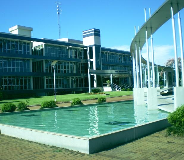 Sede da Prefeitura de Toledo, município da região ...