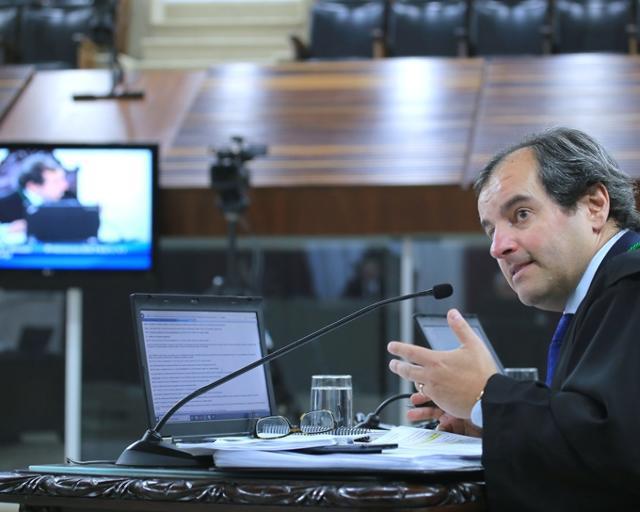 Prefeito de São João do Caiuá é multado em R$ 19,8 mil pelas contas de 2016